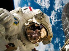 Space walk under vandet – NASA Neutral Buoyancy Laboratory