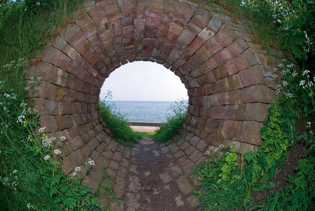 Kystleksikon #54 Hullet i muren – Taarbæk Strandpark