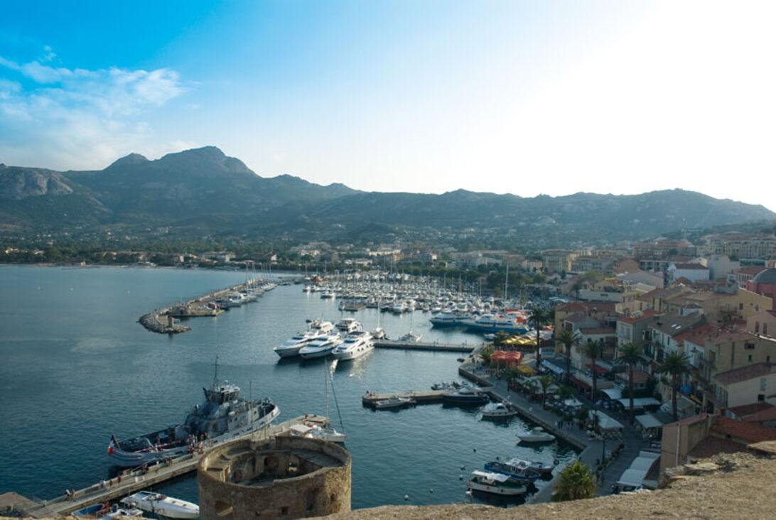 Calvis flyvende fæstning – Flyvrag på Korsika