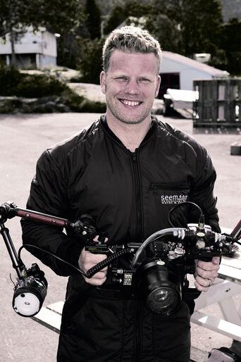 Morten Bjørn Larsen – fridykkerfotografen