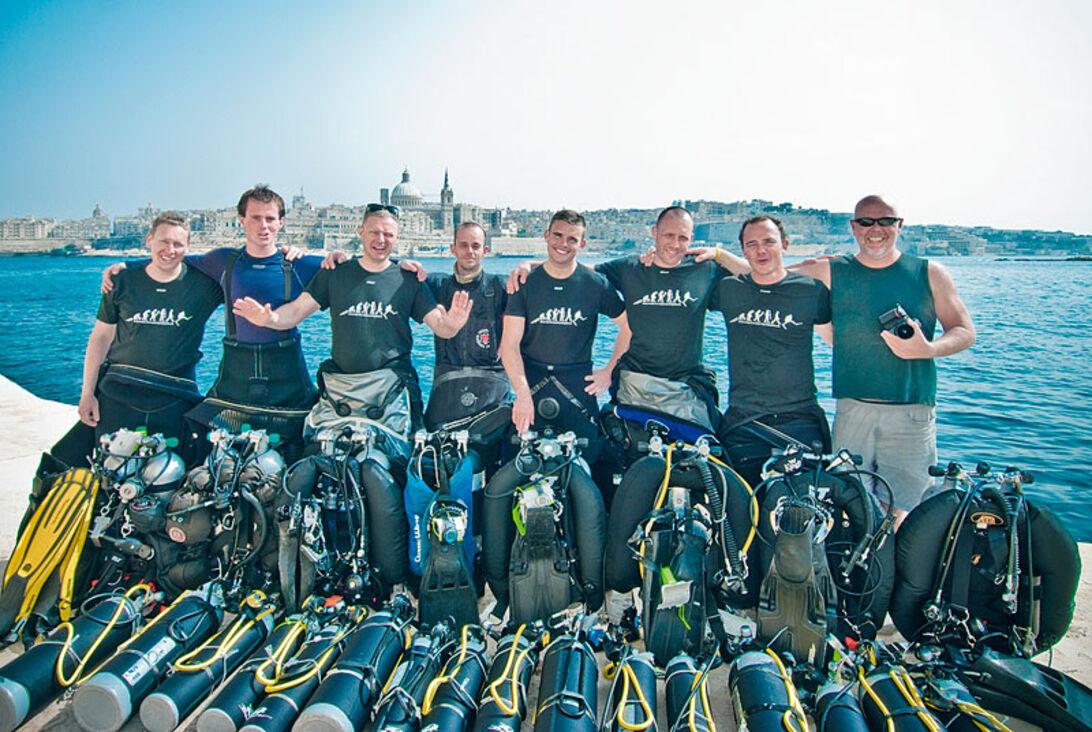 Teknisk dykning kræver en hel del udrustning. Selkies Oxygene Malta råder over