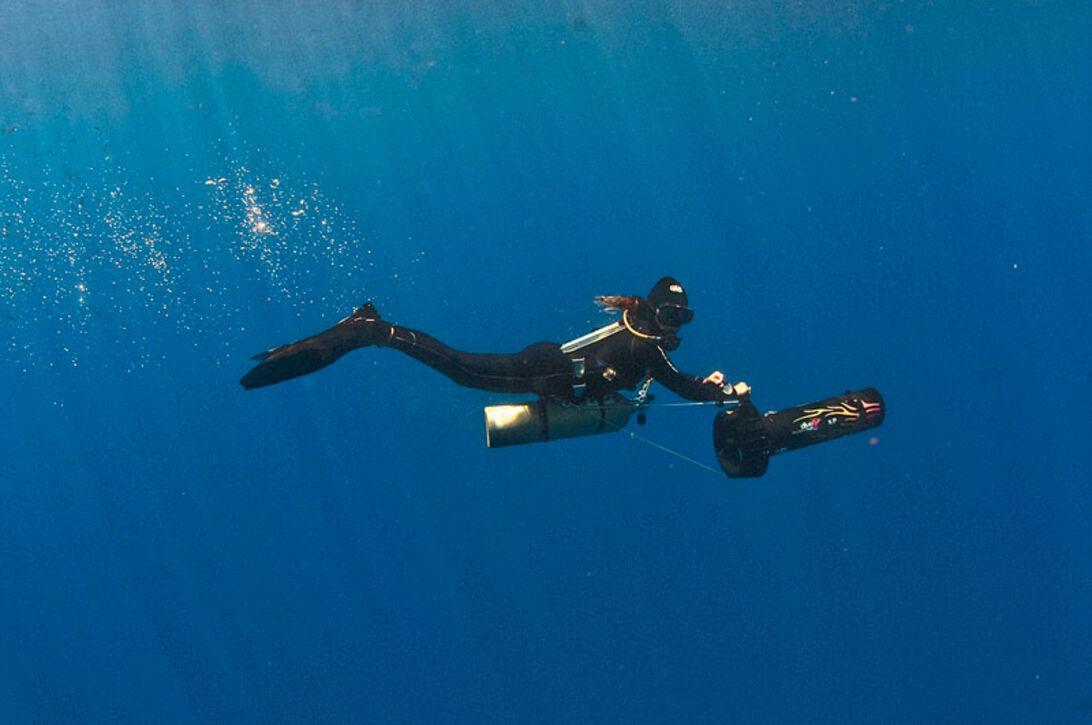 Monkey Diving – join the revolution