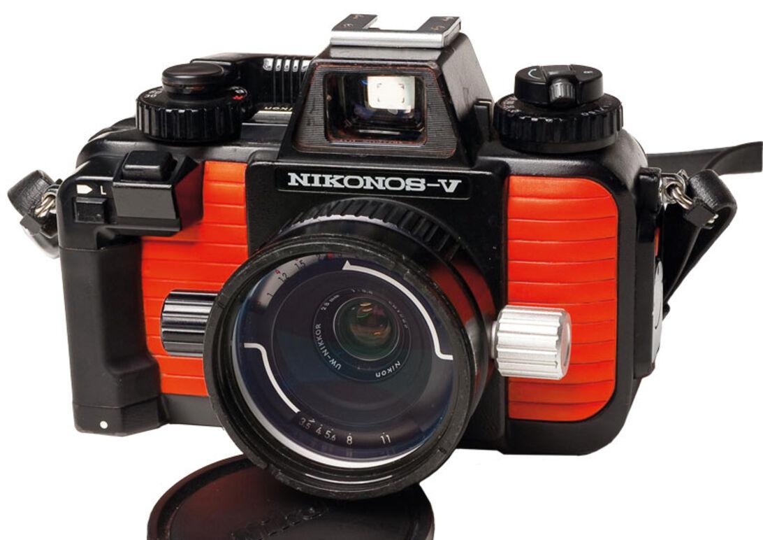 Uv-fotograferingens historie – Pionererne, opfinderne og teknikken