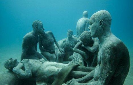 """Nærbillede af """"The Raft of Lampedusa"""""""