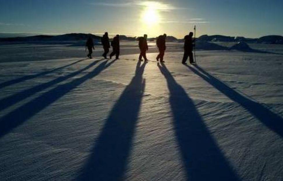 Forskere søger efter liv under Antarktis