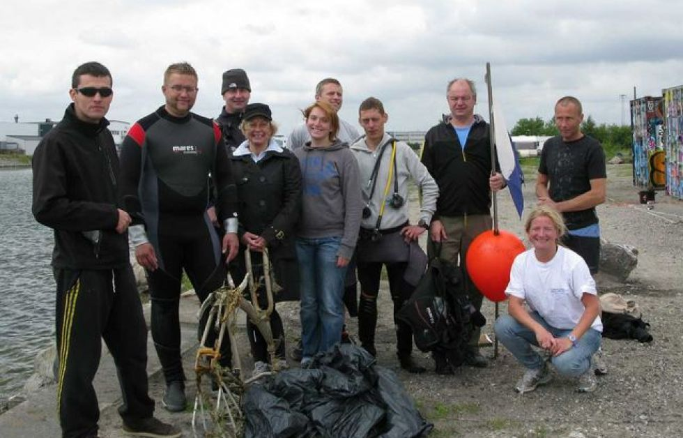 Dykkergitte holder International Cleanup Day