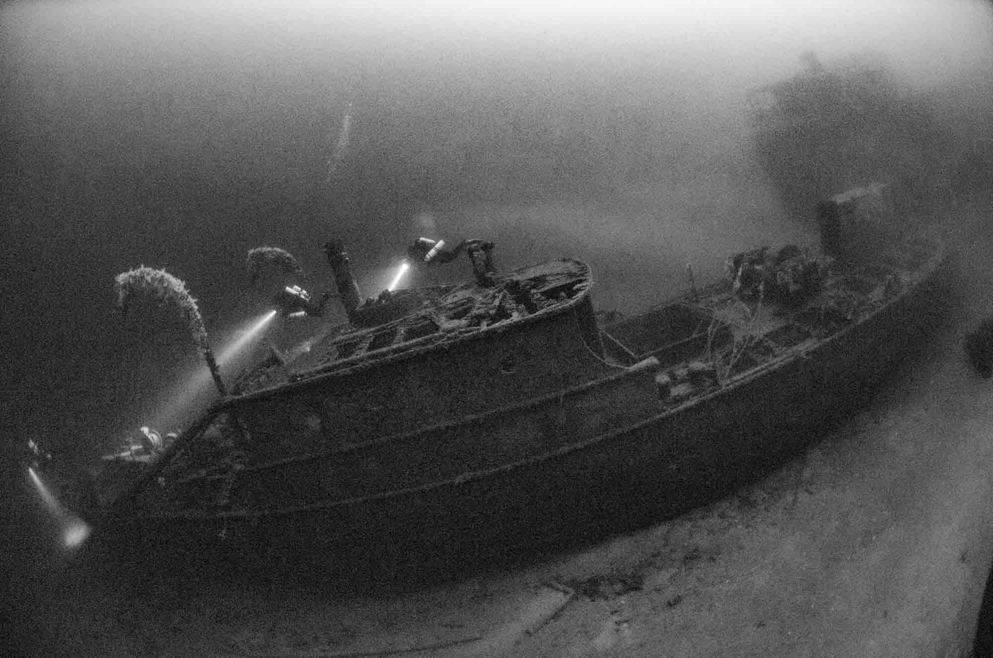 The twin wreck Parat and Ferndale